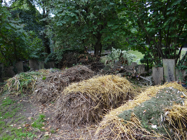 Le compostage jardiner autrement - Compost en appartement ...