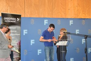 Joseph CHAUFFREY reçoit la médaille d'honneur de l'assemblée nationale